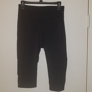 Lucy Black Cropped Leggings Size L